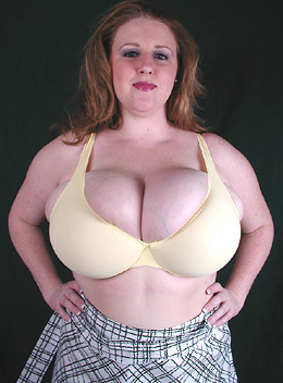 Plus size bra is too small for her big boobs